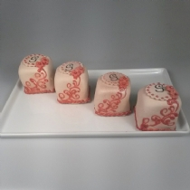 Mini Cake 13