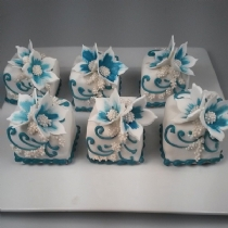 Mini Cake 2