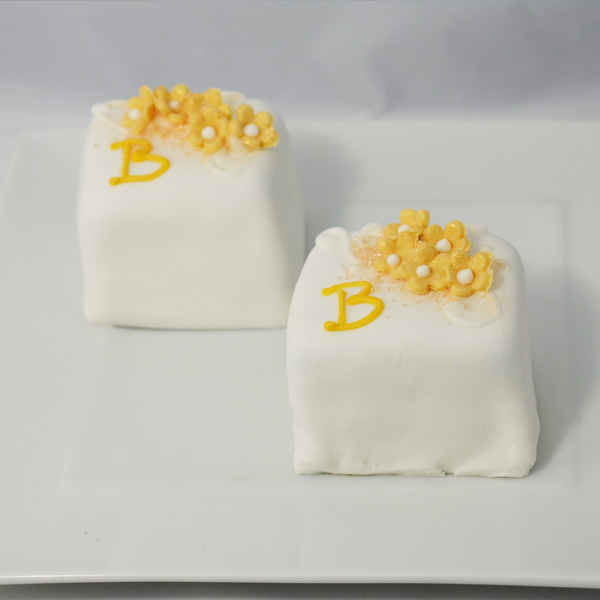 Mini Cake 21